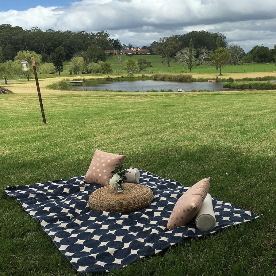 Picnic rug set up