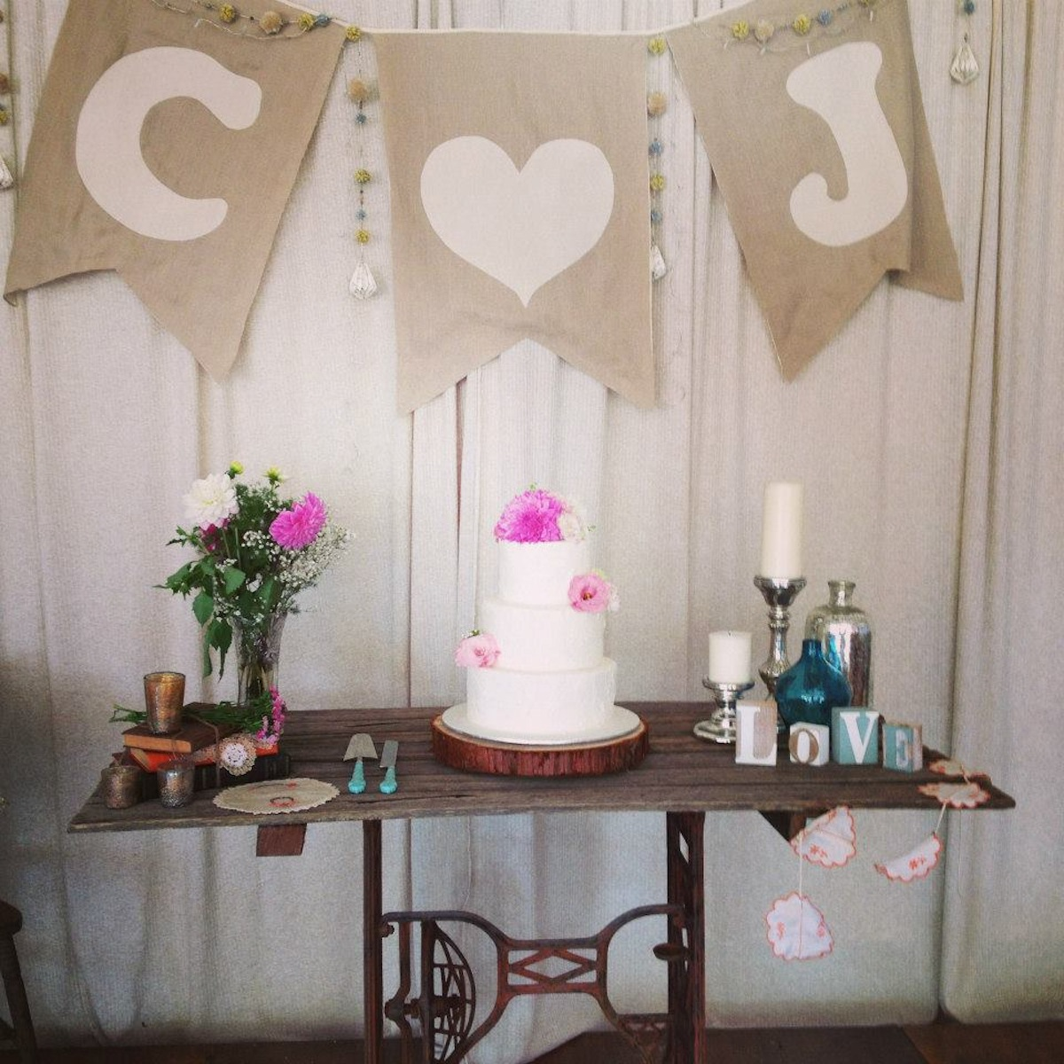Wedding decoration in south coast the ultimate collection of lounges - Cake tolix ...